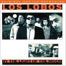 LOS LOBOS: By The Light of The Moon