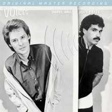 DARYL HALL & JOHN OATES: Voices